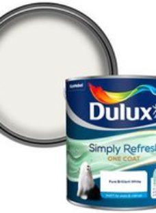 Dulux One coat Pure brilliant white Matt Emulsion paint  2.5L